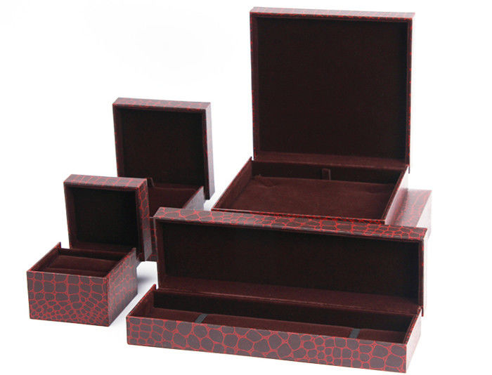 Earring Bracelet  Mens Leather Jewelry Box Glossy Varnishing Surface For Presentation Gift